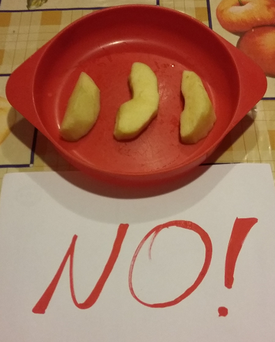 Come tagliare il cibo per i bambini piccoli