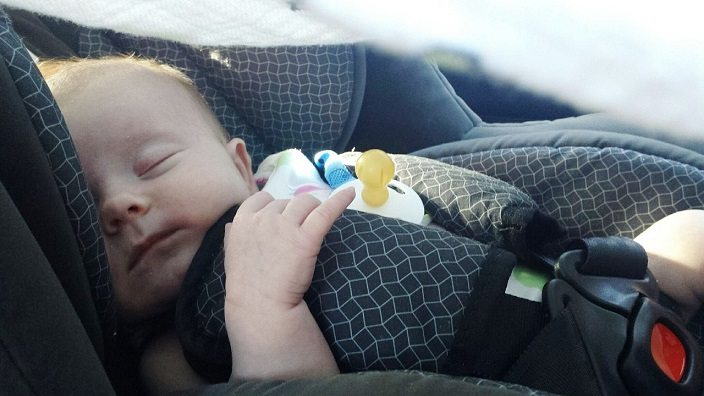Dimenticare un bambino in auto | Genitorialmente
